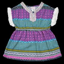 Nyári kislány strandruha színes mintával.