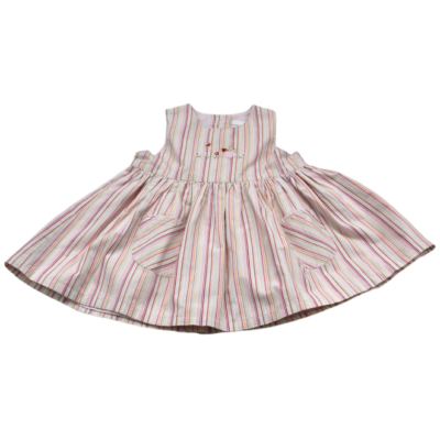 Csíkos hímzett ruha (62)