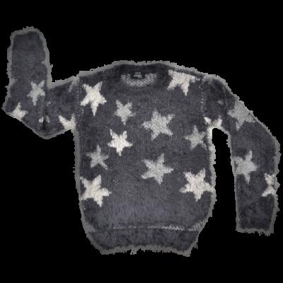 Csillag mintás kötött kislány pulóver.